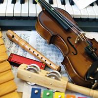 eveil musical piano violon maracas
