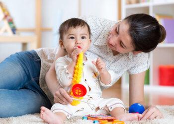 Jouet Musical OU Instruments de Musique pour Éveiller le Jeune Enfant